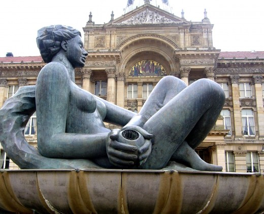 The floozy in the jacuzzi - A Walking Tour of places to visit in Birmingham