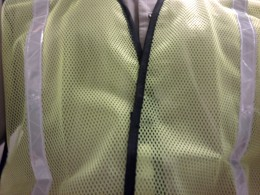Mesh Vest With Reflective Tape Keeps Good Shape When Worn