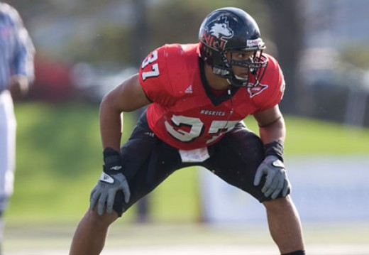 LB Alex Kube -Sr- (Northern Illinois) - 2010 stats:  68tkl 3tfl