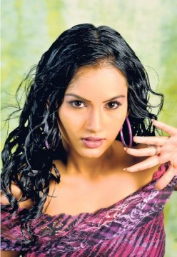 Chathurika Peiris Hot Sri Lankan Actress