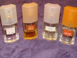 A variety of musk helps get rid of the stink on my hair and clothes if I give in and have a smoke.