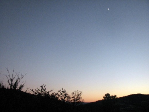 A crescent Moon over the Shenandoah Valley, Virginia, U.S.A. in autumn 2010. Photo by Windy Grace Mason.