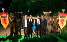 The cast of Narnia.