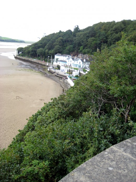 The beach and hotel at Portmeirion
