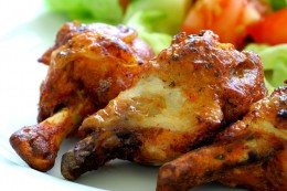 Grilled chicken with chervil and raspberry vinegar