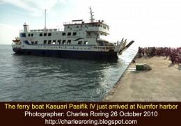 ferry boat Kasuari Pasifik at Numfor harbor