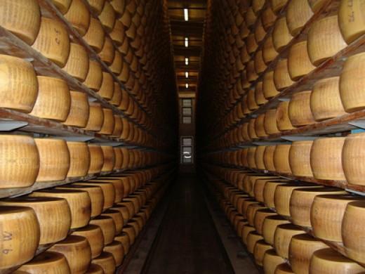 "Parmigiano-Reggiano ""bank"" (cascina)  Image:  mpcc - Fotolia.com"