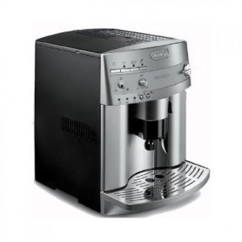 #9: DeLonghi ESAM3300 Magnifica Super-Automatic Espresso/Coffee Machine