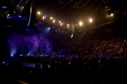 ColdPlay ROCKED the L.A Forum to a sold-out house.