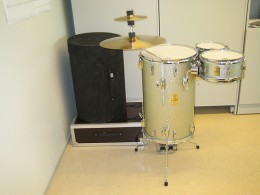 The Yamaha Club Jordan Cocktail Drum System has a great sound quality and is small enough to fit into the corner of most rooms- perfect for house party gigs.