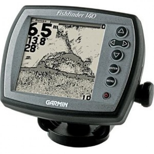 Garmin Fishfinder 140 with 4.7-Inch Display and Dual-Beam Transducer