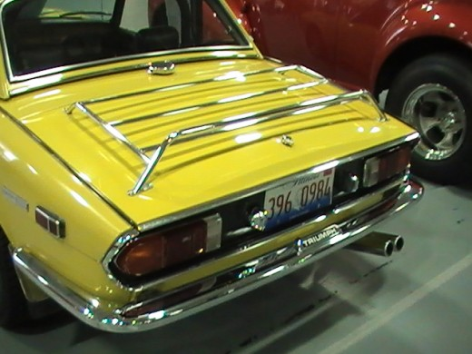 Classics and Chrome Car Show Loves Park Illinois photo of yellow luggage rack on trunck