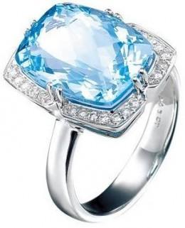 Beautiful Topaz Ring