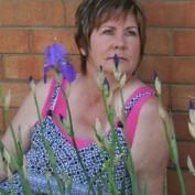 leabeth profile image