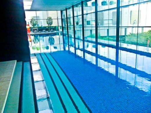 Crown Promenade Hotel Pool