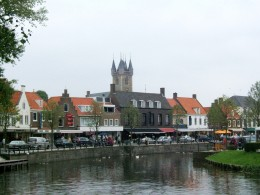 Sluis: picturesque canal town with a difference