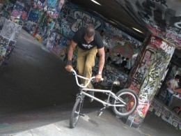 South Bank bike stunts
