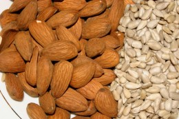 Nuts Make A Healthy Snack That Can Reduce High Cholesterol And Boost Metabolism