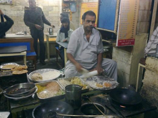 Parnatha Wali Gali Delhi Expert At His Job