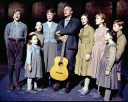 The Von Trapp Family Singers decide to perform as a way to escape the Nazis who are trying to draft the Captain into military service.