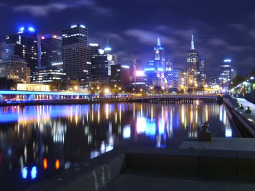 Melbourne by the Yarra River by night