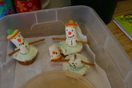Decapitated Snowmen are not very cute.