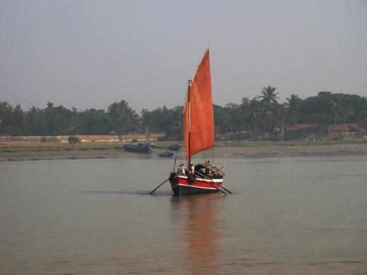 A sail boat in Ganga