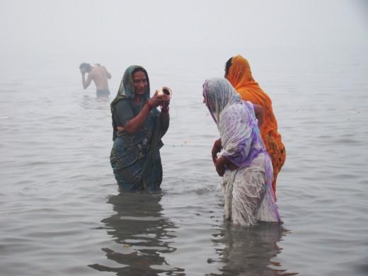 Worshiping Goddess Ganga