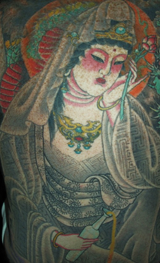Traditional Japanese Goddess. This piece's colors is amazing.