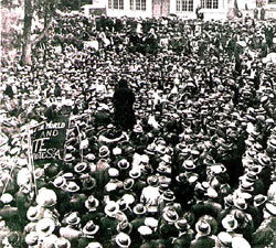 Workers protesting during the Rand Rebellion.. Image from SA History.org