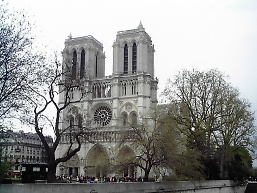 Visit the Notre Dame Cathedral in Paris for free