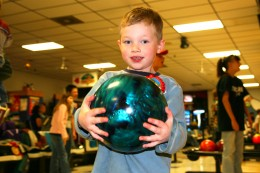 Bowling parties: cheap and fun