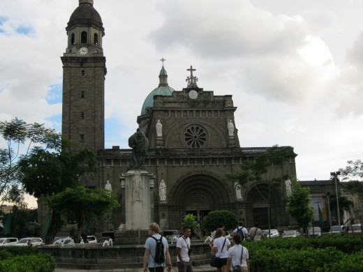 I took picture of the Manila Cathedral when we passed by to check the inside of it.