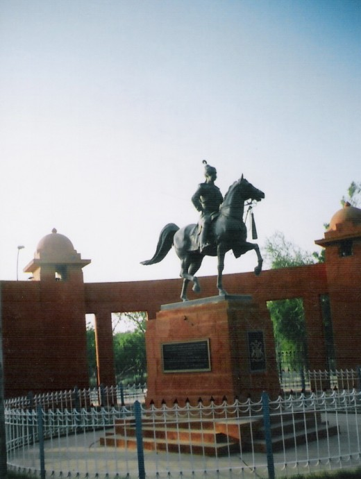 STATUE OF MAHARAJA GANGASIMHAJI, NEAR FORT, BIKANER