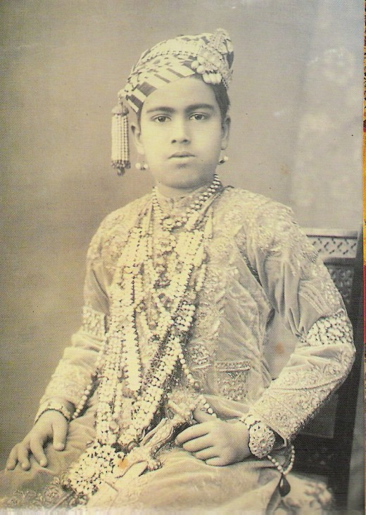 GANGASIMHAJI-AT THE TIME OF CORONATION TO THE THRONE(AGE-7)