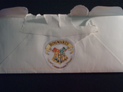 Envelope with a spiffy Hogwarts crest