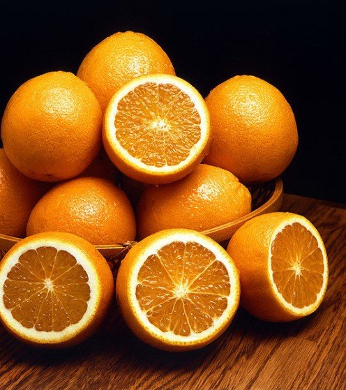 - Health Benefits of Oranges, by Rosie2010 on Hubpages, photo source: Wikipedia -