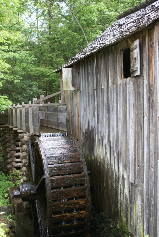 You'll find plenty of history and sightseeing opportunities in the Great Smoky Mountains.