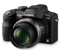#5: Panasonic Lumix DMC-FZ35 12.1MP Digital Camera