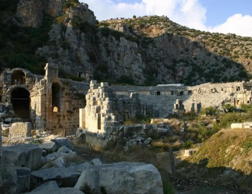 amazing place behind the eternal flame courtesy of http://www.turkeyholidaysguide.com
