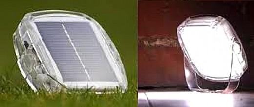 Solar Pebble - light at rear, battery inside