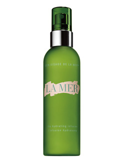 Targeted skin treatments that deliver skin-enhancing ingredients and intensify the effects of all La Mer skin regimens.