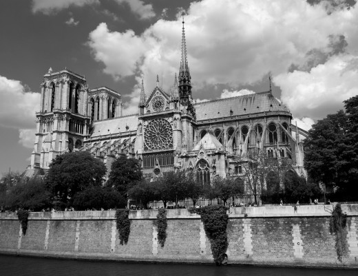 Notre Dame exterior, black and white