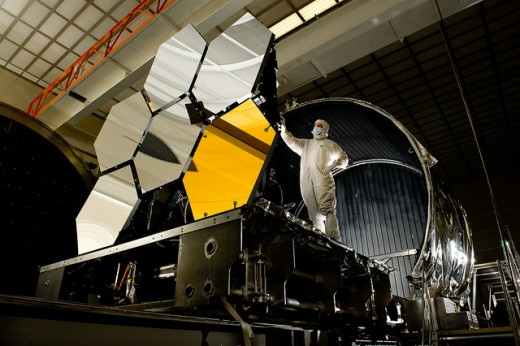 An Aerospace Engineer working with Telescope mirrors.