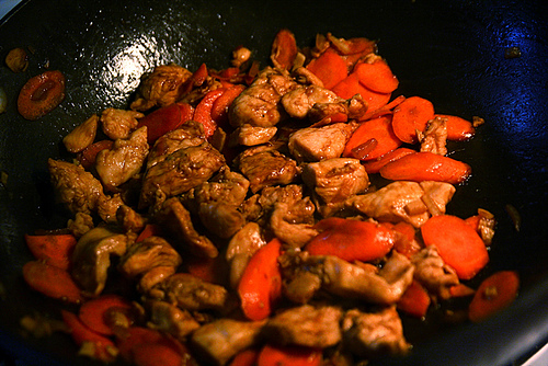 Low Calorie Stir Fry Velvet Chicken with Rosemary Ginger and Carrots