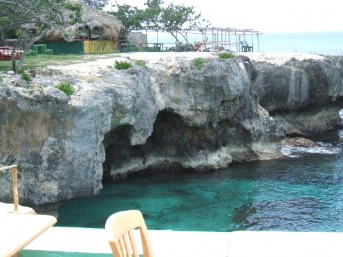 Great places to snorkel at the cliffs just a few minutes away.