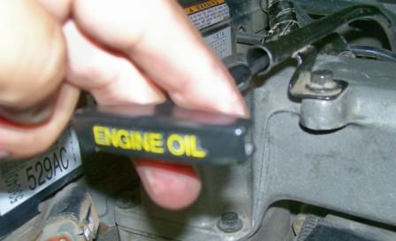 "This is an engine oil dipstick that is clearly labeled ""engine oil"" this is the easiest way to identify the correct dipstick."