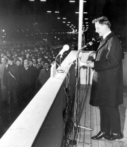 Olof Palme, later Sweden's veteran Prime Minister, opens the Aelvsborg Bridge in 1966