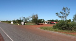 Another stack of truck tyres = Pardoo Roadhouse & Tavern.