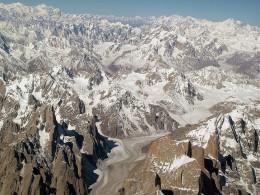 The Karakoram Range and its Glacier System
